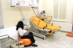 В Москве разработали кровать-трансформер для вертикальных родов